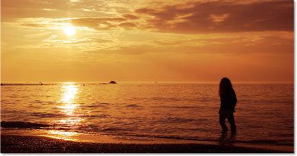 golden-sunset_432-227